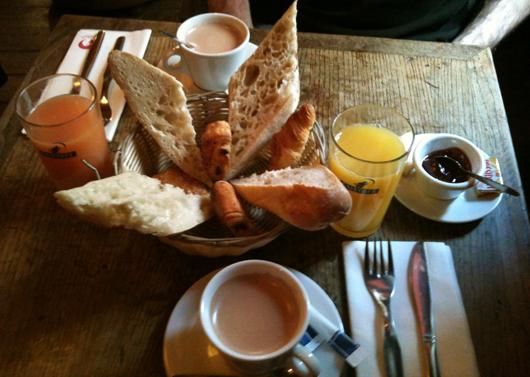 bistrot - Le dimanche, à Paris, on brunche ! brunch sucre charlie birdy