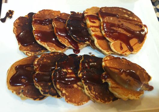 pancakes-caramel-bananes