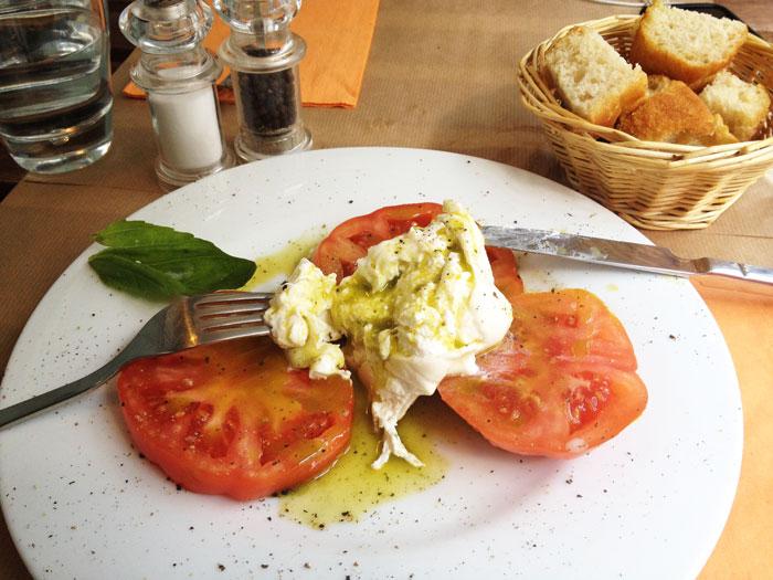 Burratina-Pouilles-restaurant