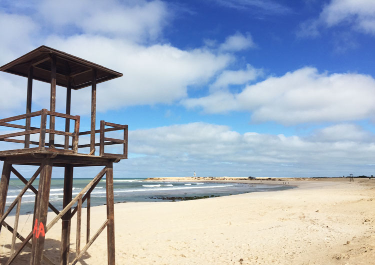 plage-surfeurs-maroc-dakhla