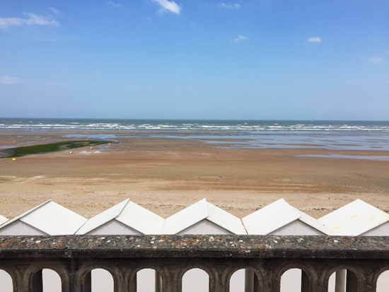 Cabourg-plage-cabanon